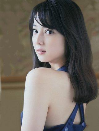 佐々木希 涙袋.jpg